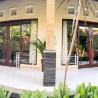 Ray House Berawa Canggu