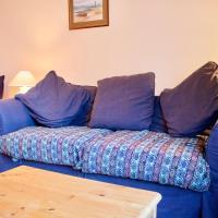 2 Bedroom, 2 Bathroom Apartment in Stockbridge Sleeps 4
