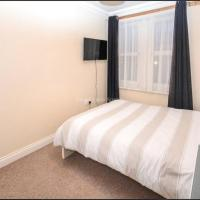 Rooms Milton Keynes Sleeps 12