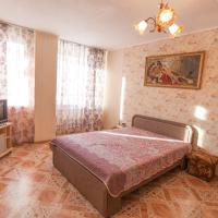 Apartment on Artamonova 6/1