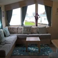 Luxury lovely decorated 8 berth holiday home
