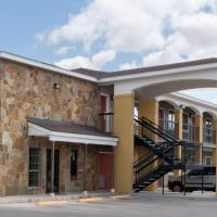 Super 8 by Wyndham San Antonio Near Fort Sam Houston