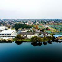 The Lakes Hotel & Conference Centre