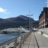 B2 Waterfoot Apartment