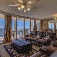Long Beach Apartment 1006