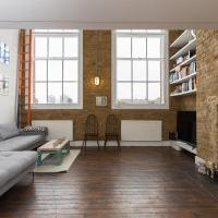 2 bed flat in Peckham
