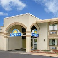 Days Inn Bloomington West