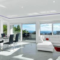 Penthouse Lush Makarska