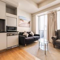 Collins St Melbourne CBD - 2 Bedroom Apartment with balcony