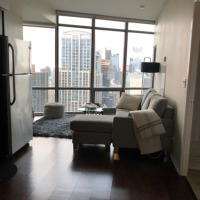 CN Tower View - Furnished Apartmnets at Bay Street