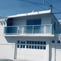 Casa completa muy bonita.