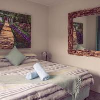 Cristal Cove Surf Lodge
