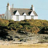 Pant-Y-Llyn House