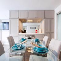 2 Smart TV's | Fast Wifi | W/D | ❤️ of Yorkville