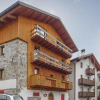 Two-Bedroom Apartment in Sutrio