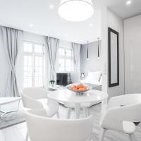 White Moon Apartment