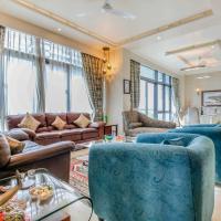 Hostie Aadhya – 3 BR Luxury Condo