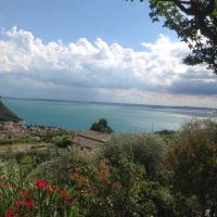 Luxury villa Garda Amazing view