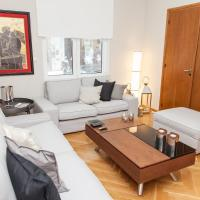 A Chic Kolonaki Apartment in Central Athens!