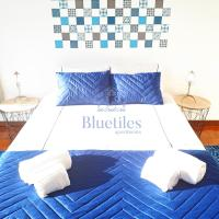 Bluetiles Downtown Triplex Apartment