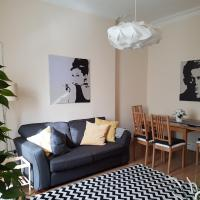 Two-bedroom flat in Leith