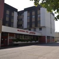 Mladinski dom - Hostel
