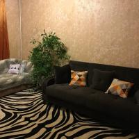 Apartment on Usacheva