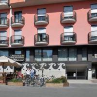 Lacroma Bio Hotel & Apartments