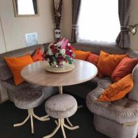 Anzona Rhyl Seaside Holiday Home