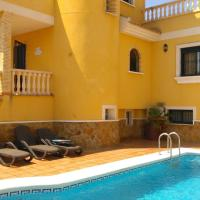 6 Bedroom Luxury Villa with Private Pool