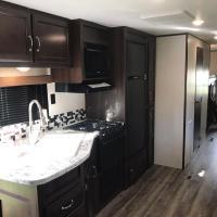 Bonfire RV Resort deluxe Suite