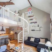 Welkeys - Liberté Apartment