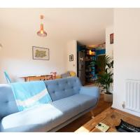 Clean, Spacious 2BR Flat for 4 in Hackney Downs