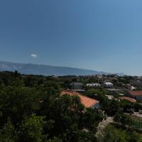New big apartment for 6+1 persons with terrace and sea view