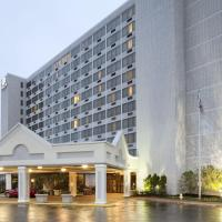 DoubleTree by Hilton St. Louis at Westport