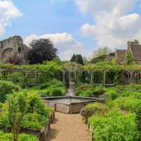 World Famous Abbey House Gardens