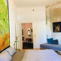 Big and cosy flat at the park in Friedrichshain
