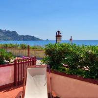 Romantic Terrace front Sea