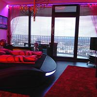 Sky-Romantic-Room