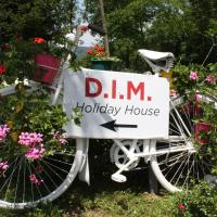 D.I.M. Holiday House