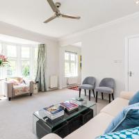 Gorgeous 2 Bed Flat Free Parking in trendy Brixton