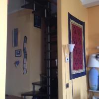 Sunny Comfy Apartment