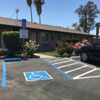 Maple Inn and Suites Los Banos