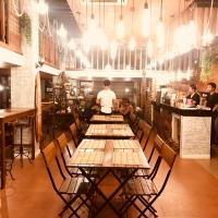 EL Navi Surftown - Hostel/Restaurant/Coffee Shop