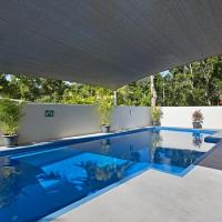 Tropical private holiday house with pool
