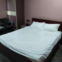 Spacious Rooms In Shilong