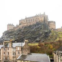 Apartment by Edinburgh Castle