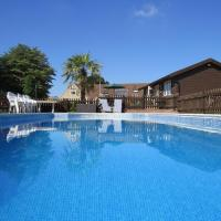 Moonrakers Cabana - Luxury and Value in Somerset - Sleeps 4