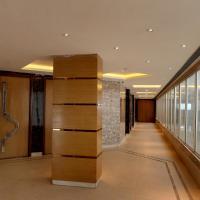 The Grand Viktoria Hotel