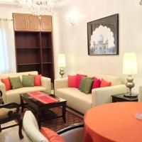Apartment in Defence Colony, Delhi, by GuestHouser 441